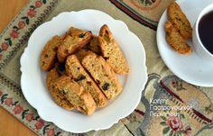 Κρητικά παξιμαδάκια με ελαιόλαδο και σταφίδες (video) - cretangastronomy.gr Crab Dip, Main Menu, Greek Recipes, Cake Cookies, Biscuits, French Toast, Favorite Recipes, Sweets, Chicken
