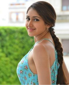 Sayesha Saigal Latest Photoshoot Pics