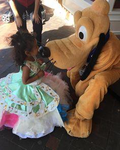 #Disney #disneybaby #pluto #diamondcelebration #disneygram #Disneyland #disneylife #cosplay #kidscancosplay #disneymagichour123 #disneymagic #apholder #annualpassholder #mickeyssoundsationalparade #soundsational #soundsationalparade #princess #toddlers #toddlersofdisneyland #toddlersofinstagram #instadisney #puppylove #disneybound #parade #60thcelebration #disneyland60 #disneylandresort #dlr by allinadisneyafternoon