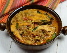 Fish Molee is a great curry dish from Kerala, stewed and prepared with coconut milk. Use this simple Fish Molee Recipe and enjoy with appam or rice. Fish Stew, Indian Food Recipes, Ethnic Recipes, Curry Dishes, Fish Curry, India Food, Coconut Milk, Kerala, Rice