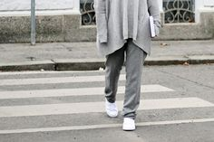 all over grey and white sneaker Style Diary, My Outfit, Grey And White, Parisian, Lifestyle Blog, Sneaker, Normcore, Outfits, Fashion