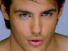 Look at his eyes! 10 Reasons Why Kostas Martakis Is A Greek God Beautiful Men Faces, Most Beautiful Eyes, Stunning Eyes, Amazing Eyes, Male Eyes, Male Face, Kostas Martakis, Greek Men, Blue Eyed Men