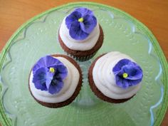 Royal Icing Pansy Flowers Wedding Favors, Wedding Cakes, Royal Icing, Pansies, Tart, Cupcakes, Sweets, Etsy, Cookies