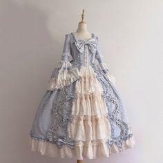 1800s Dresses, Old Dresses, Pretty Dresses, Beautiful Dresses, Long Sleeve Vintage Dresses, Victorian Gown, Victorian Fashion, Victorian Era Dresses, 1800s Fashion