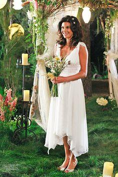 Celebrity Wedding Dresses: TV & Movies: Teri Hatcher