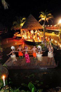 Te Vara Nui, where you can experience the Cook Island culture!