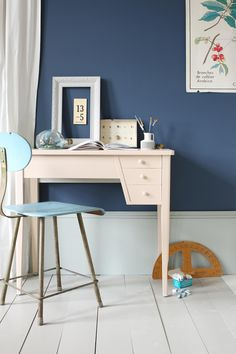 Be inspired by Farrow & Ball. Browse our Room Inspiration pages, explore a variety of neutral colour schemes and view the latest Farrow & Ball events. Farrow Ball, Farrow And Ball Paint, Blue Painted Walls, Dark Blue Walls, Painted Floors, Wall Paint Colors, Room Colors, House Colors, Paint Walls