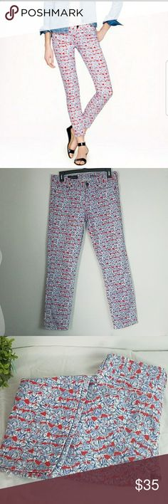 "J.Crew Toothpick Sz 28 Ankle Floral Cute J.Crew toothpick Ankle pants- size 28- floral- has inside stains as seen in last picture from the button but it does not affect the outside of it as seen in the last two pictures.  Any questions please feel free to ask me.  In good condition. No tears, none that I could see.   Inseam: 26.5"" Waist: 15.5""  Thank you for visiting my Poshmark closet. J. Crew Jeans Ankle & Cropped"