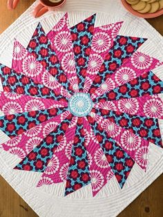 Quilt this angular, modern Buzz Saw Table Topper. Great home decor piece to add texture to any surface.