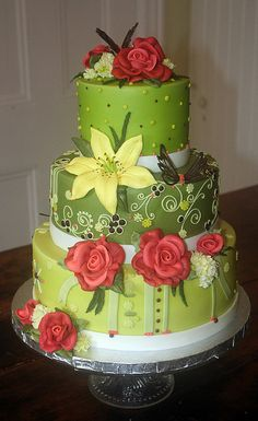 yellow lily by the girl with the most cake ottawa, via Flickr