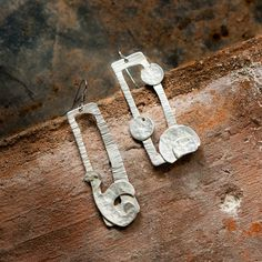 Sterling silver plated earrings, in hand hammered copper. Silver earrings. Handmade earrings. Made in Italy.  di FuocoTerra