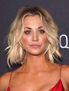 Kaley Cuoco at the 2016 InStyle & Warner Bros. Golden Globes After-Party. http://beautyeditor.ca/2016/01/15/golden-globes-after-parties-2016