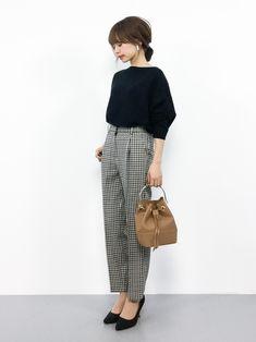 japanese fashion Fashion Style Girl Trousers B - Short Girl Fashion, 60 Fashion, Workwear Fashion, Japan Fashion, Work Fashion, Korean Fashion, Fashion Outfits, Fashion Trends, Short Girl Style