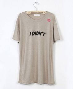 Loose T-Shirt with Lip Print