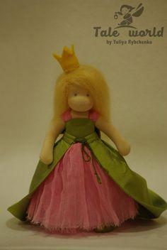 Eine kleine Prinzessin Waldorf Puppe von TaleWorld auf Etsy