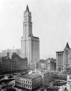 Completed in 1913 in New York, United States. The Woolworth Building, an innovative and elegant early skyscraper completed in endures today as an iconic form on the New York City skyline. Barbados Beaches, Barbados Travel, Honduras Travel, Kenya Travel, New York Architecture, Architecture Images, Vintage Architecture, Classic Architecture, Bridgetown