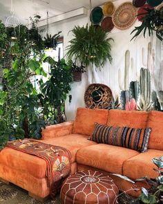 Bohemian Latest And Stylish Home decor Design And Life Style Ideas - Bohemian Home Gypsy Boho Living Room, Home And Living, Living Room Decor, Bedroom Decor, Bohemian Living, Retro Living Rooms, Simple Living, Wall Decor, Stylish Home Decor