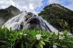 A simpática cidade de Alegre, no sul do Espírito Santo, guarda belezas naturais, como a Cachoeira da Fumaça, situada no Parque Estadual que leva o mesmo nome