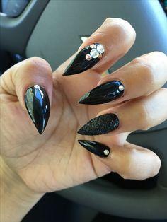 My Halloween 👻 nails