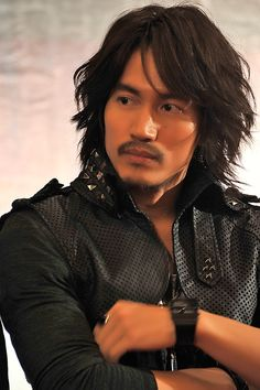 Jerry Yan- the pirate of the heart ; Jerry Yang, F4 Meteor Garden, My Only Love, Drama, Sharp Dressed Man, Asian Actors, Grow Hair, Asian Men, Jon Snow