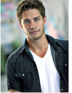 Dean Geyer , Drooling Like A Basset Hound Right Now!! <3