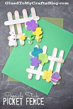 easter picket fence craft - acraftylife.com - 20 plus easter crafts - kids crafats - bunnies - chicks- lamb #diy #kidscraft