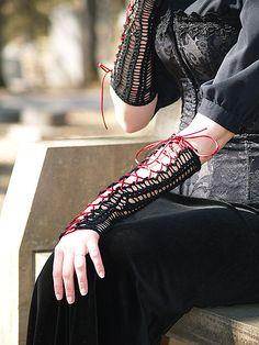 Ravelry: Goth Gauntlets pattern by Elizabeth Morrison
