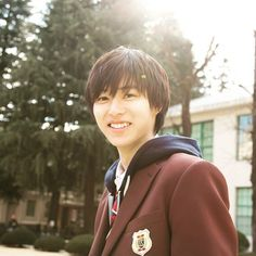 kentoyamazaki: [150725] Heroine Shikkaku's Instagram@heroine_shikkaku: 一緒帰る? #ヒロイン失格