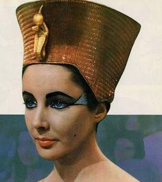 """Elizabeth Taylor for """"Cleopatra"""""""