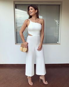 772k Followers, 1,046 Following, 5,307 Posts - See Instagram photos and videos from Blog Trend Alert (@arianecanovas) Going Out Crop Tops, Cool Outfits, Fashion Outfits, Womens Fashion, Moda Vintage, Fashion Night, Western Outfits, Jumpsuit Dress, Casual Looks