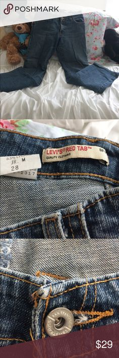 "Levi's Red Tab Jeans Great, Cindy, stylish Levi jeans! Size 28, length 30"" Levi's Jeans Boot Cut"