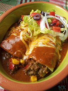 Beef Enchiritos are similar to Enchiladas Mexican Dishes, Mexican Food Recipes, Beef Recipes, Dinner Recipes, Cooking Recipes, Mexican Meals, Enchilada Recipes, Mexican Cooking, Mexican Chicken