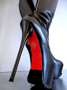 1969 knee high leather platform boots with lug soles 03 Extreme High Heels, Hot High Heels, Platform High Heels, Platform Boots, High Heels Stilettos, High Heel Boots, Heeled Boots, Stiletto Heels, Shoe Boots