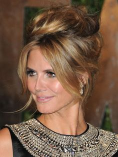 Updo: tease sections of high ponytail to add fullness. Divide hair into two sections and loosely twist the halves of the ponytail around each other; hold firmly and wrap into a bun, pinning as you go. Read more: Celebrity Red Carpet Hairstyles – Woman' Wedding Hair And Makeup, Wedding Updo, Bridal Hair, Wedding Tips, Trendy Wedding, Celebrity Hairstyles, Bride Hairstyles, Cool Hairstyles, Updo Hairstyle