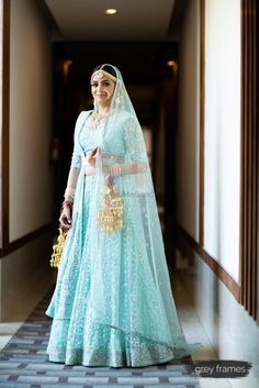 Get yourself dressed up with the latest lehenga designs online. Explore the collection that HappyShappy have. Select your favourite from the wide range of lehenga designs Indian Bridal Lehenga, Indian Bridal Outfits, Indian Bridal Wear, Blue Bridal, Indian Dresses, Bridal Dresses, Mehendi Outfits, Pakistani Bridal, Indian Wear