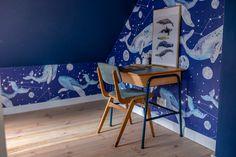 POKÓJ CHŁOPCÓW: METAMORFOZA BIURKA DIY - conchitahome.pl Ocean Themed Nursery, Nursery Themes, Wishbone Chair, Diy, Furniture, Home Decor, Decoration Home, Bricolage, Room Decor