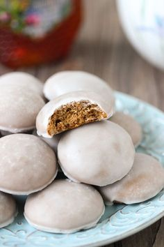 Pryaniki – Russian Honey Spice Cookies