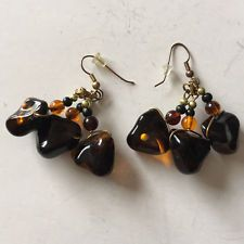 Vintage gold plated dangling earrings with fish hooks clasps and free... Lot 80A