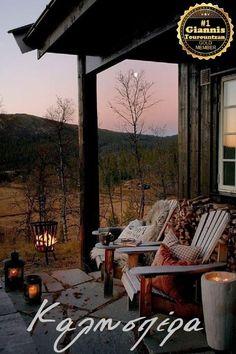 Outdoor Spaces, Outdoor Living, Outdoor Decor, Summer Front Porches, Farmhouse Front Porches, Cabin Porches, Porch Roof, Balkon Design, House With Porch