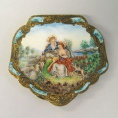 ENGRAVED METAL and ENAMEL COMPACT