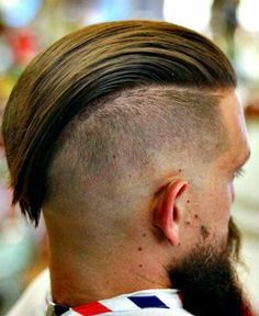 Are you ready to try the slick back haircut? Find a good undercut, some faded sides, maybe a top knot or a man bun and rock the slick back today! Mens Slicked Back Hairstyles, Slick Hairstyles, Undercut Hairstyles, Popular Hairstyles, Pompadour Men, Pompadour Hairstyle, Slick Back Fade, Slick Back Haircut, Badass Haircut