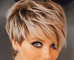 Long Pixie Hairstyles, Short Pixie Haircuts, Haircuts With Bangs, Short Hair With Bangs, Short Hair Cuts For Women, Short Hair Styles, Beauty Tips For Hair, Hair Beauty, Chubby Face Haircuts