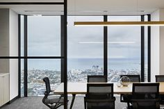 """Interior design practice Studio 103 has recently designed a new office for real estate developer Everland Global in Melbourne, Australia. """"With an Decor Interior Design, Interior Decorating, Office Meeting, Meeting Rooms, Workspace Design, Real Estate Development, Home Studio, House Front, The Expanse"""