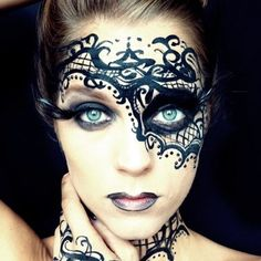 I go back to black. #31daysofhalloween #kikohalloween (used their liquid skin foundation!) Day 8: Carnaval macabre #bvanityhalloweenchallenge #royalhalloween #halloweenmakeupideas
