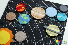 1 million+ Stunning Free Images to Use Anywhere Diy Quiet Books, Baby Quiet Book, Felt Quiet Books, Sistema Solar, Silent Book, Solar System Projects, Quiet Book Patterns, Busy Book, Space Crafts