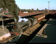 Net Photo: Class South African Railways Steam at Mafikeng, South Africa by Daniel SIMON Location Map, Photo Location, South African Railways, Photo Class, Train Journey, Steam Engine, Steam Locomotive, Wooden Toys, Landscape Photography