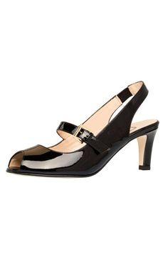0f5ab2047c6 55 Best Low Heels images