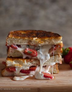 Who says grilled cheese is just for kids? Get your toasted sandwich fix with this Strawberry Balsamic Grilled Cheese recipe. With gooey melted mozzarella cheese, sliced strawberries, fresh mint, and balsamic vinegar, it doesn't get much better than this. Best Grilled Cheese, Grilled Cheese Recipes, Grilled Cheeses, Soup And Sandwich, Sandwich Recipes, Strawberry Balsamic, Food Porn, Yummy Food, Tasty