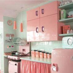 Describe this ? #go . . #pink #vintagedecor #vintageshop #vbvfeature #pinkhome #style #goals #pinkkitchen #retrokitchen #vintagekitchen #color #vintageshop #vintageusa #etsyusa #vintageau #etsyau #etsyshop #midcenturymodern #vintagehome #midcenturystyle #midcentury #kitsch #atomic #pinup #vintagepinup #pinupstyle #vintagestye
