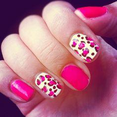 cheetah print pink nails :)